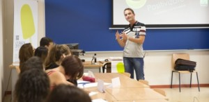 Mario del Líbano ha ofrecido una conferencia en la UJI de Castellón.