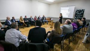Imagen de la conferencia de Lucía Barrachina ayer en Gandía.