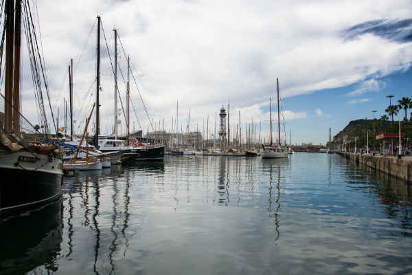 Desfribiladores puerto de Barcelona