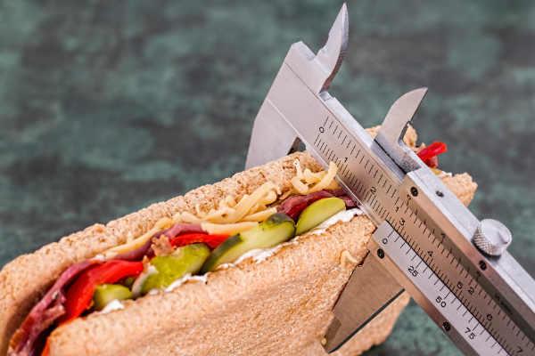 los adultos españoles tiene sobrepeso